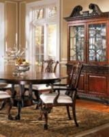 Что касается цветовых сочетаний, то в современной мебели краски вновь обрели насыщенность, а мебель многоцветность