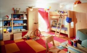 Экономить на рабочей мебели ребенка нецелесообразно