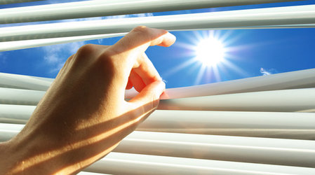 Лучшие способы спастись от жары в квартире летом